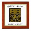Queens school badge