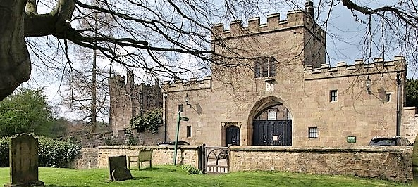 Gatehouse,_Ripley_Castle_-_geograph.org.uk_-_1263597
